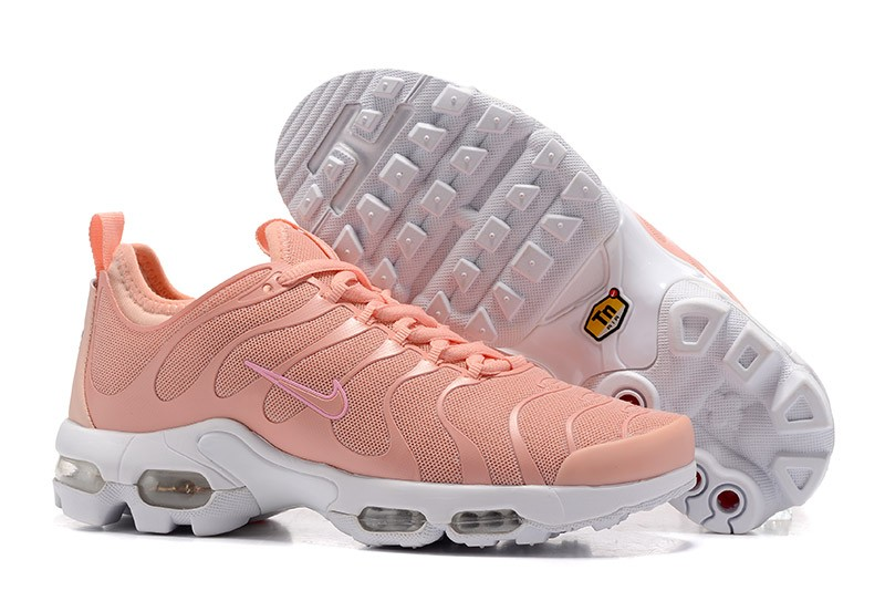 chaussure homme nike tn liver
